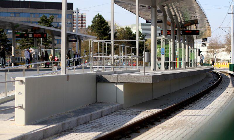 Hannovers hohe Bahnsteige