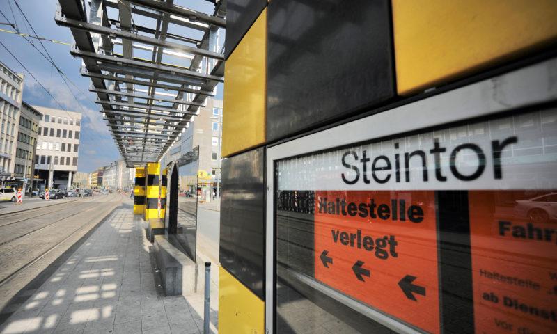 Abschied vom Steintor - Ein BUSSTOP verschwindet (kurzzeitig)