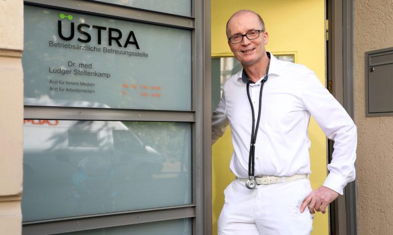 Der ÜSTRA Betriebsarzt: Dr. ÖPNV
