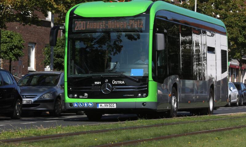 Der neue E-Bus im Einsatz: Aus dem #ekoenig wird der eCitaro